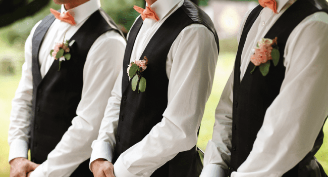 groomsmen at summer wedding