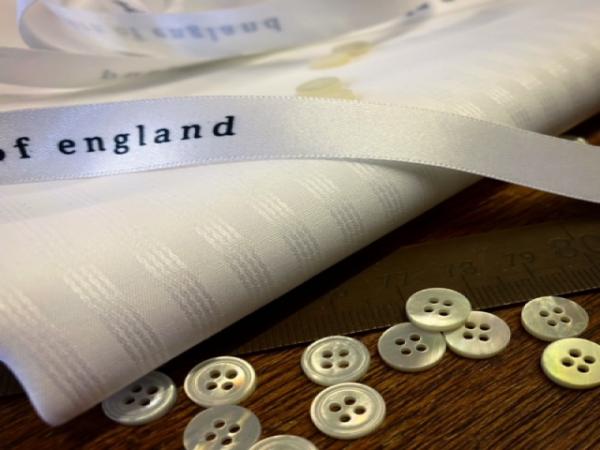 Tudor 40 white dobbie fabric